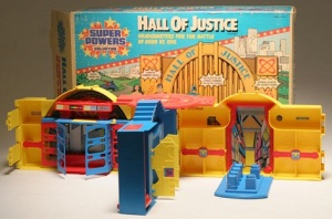 superpowers-hall-of-justice-playset